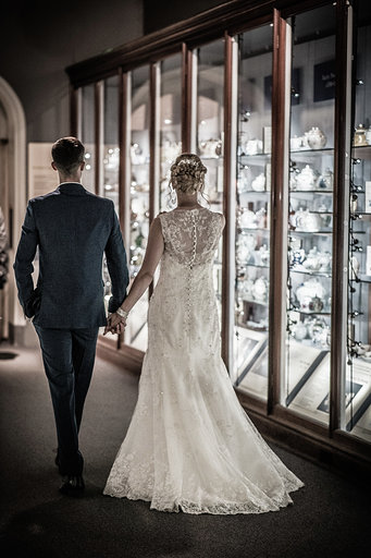 Make the most of an unusual venue for your wedding shots